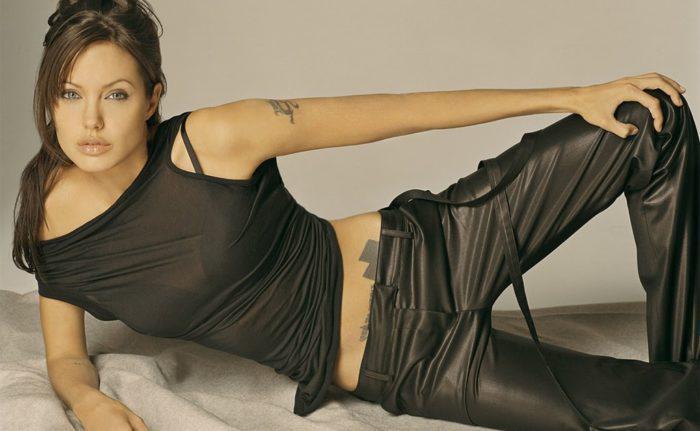 На фото Как худеют звезды: диета Анджелины Джоли