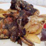 Рецепт Бараньи ребрышки в медово-чесночной глазури с картофелем