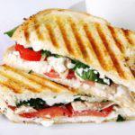 Рецепт Вкусные бутерброды с козьим сыром и шпинатом
