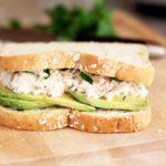 Рецепт Праздничные бутерброды с тунцом и авокадо
