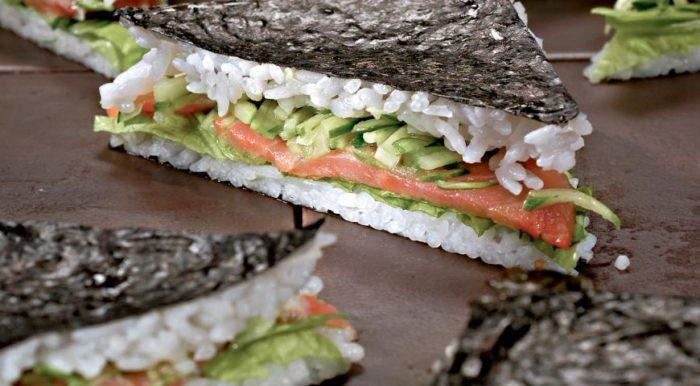 На фото Бутерброд-суши