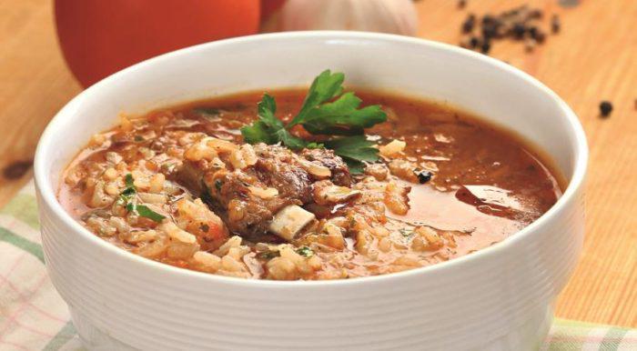 На фото Суп харчо из баранины