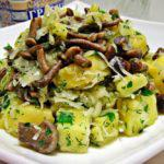 Рецепт Салат с шампиньонами и картофелем