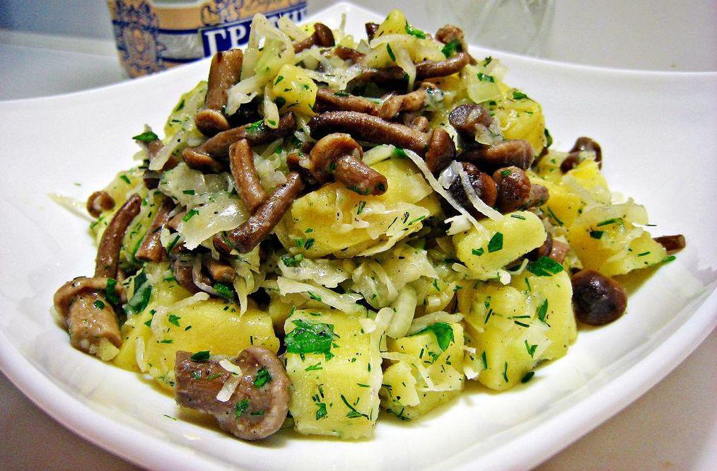 салат с грибами и капустой рецепт