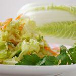 Рецепт Салат с копченой курицей