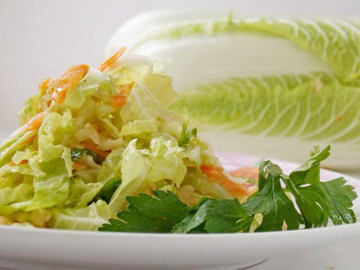 салат с пекинской капустой и курицей фото