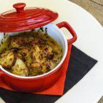 Рецепт Кролик запеченный в горшочке с лесными грибами