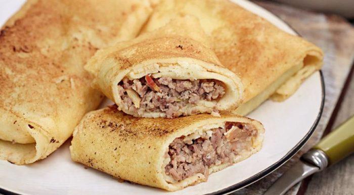 На фото Начинка для блинчиков с мясом