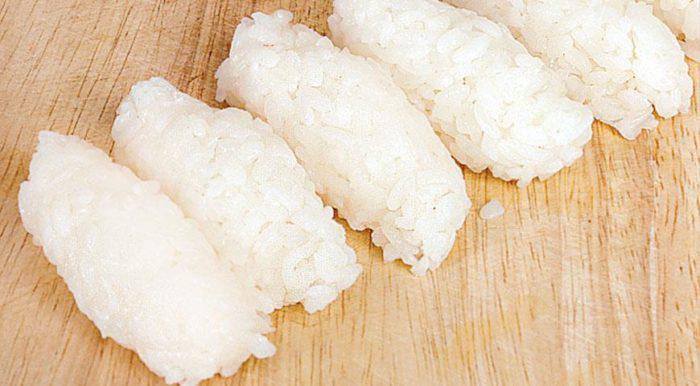На фото Рис для суши (сумеши)