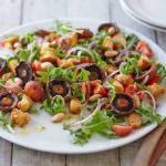 Рецепт Грибной салат с гренками
