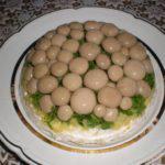 Рецепт Cалат из овощей с солеными грибами