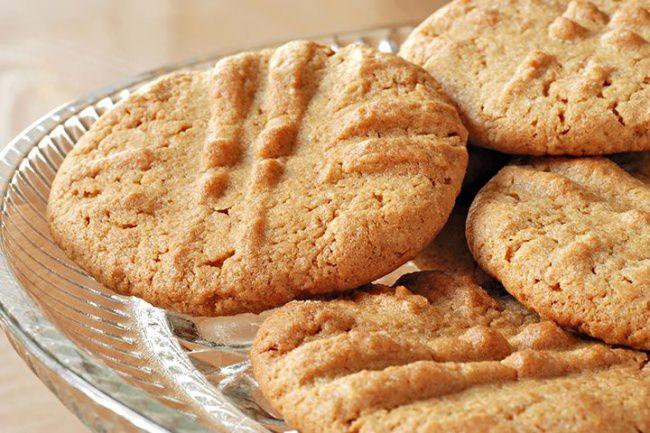 На фото Ореховые печенья