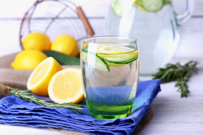 На фото Овощной лимонад