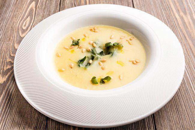 На фото Французский картофельный крем-суп-пюре