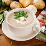 Рецепт Грибной крем-суп из шампиньонов со сливками