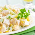 Рецепт Очень вкусный салат с курицей и ананасами