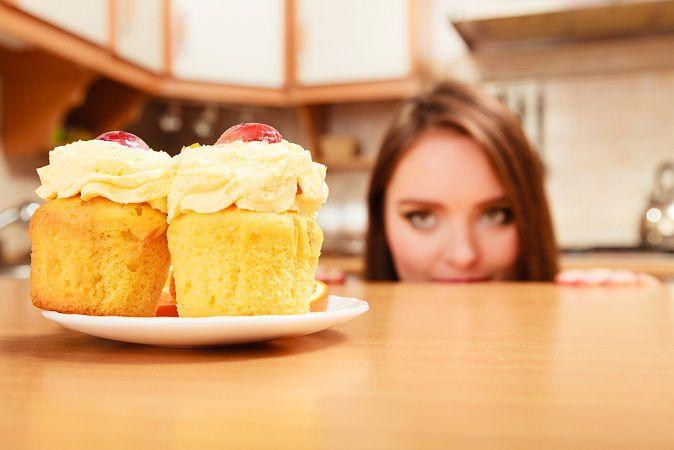 На фото Как контролировать аппетит, будучи веганом