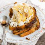 Рецепт Прикольные тосты на день рождения с грушей и сливочным сыром