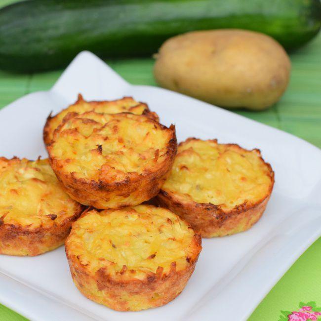 На фото Простые и вкусные картофельные драники в духовке