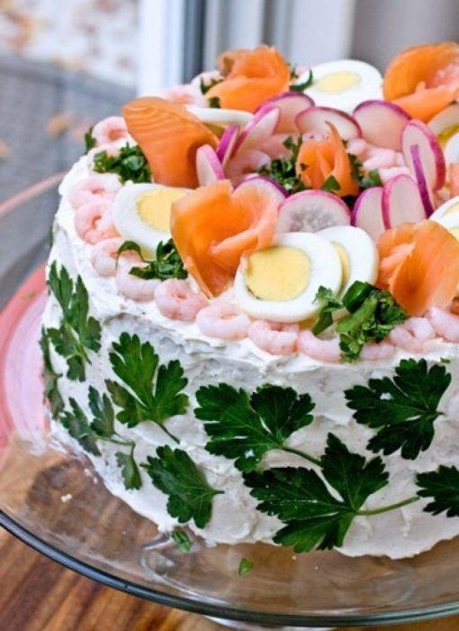 На фото Мужской торт в стиле сэндвич