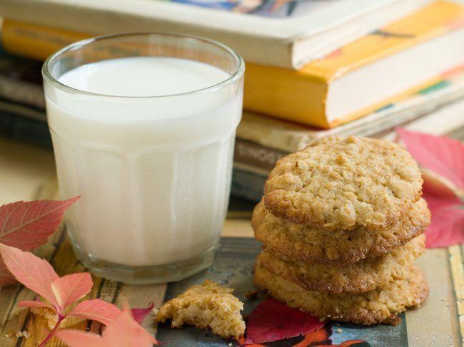 На фото Простое домашнее печенье на скорую руку
