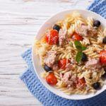 Рецепт Макаронный салат с тунцом и яйцом