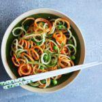 Рецепт Салат с морковью по-корейски и огурцом