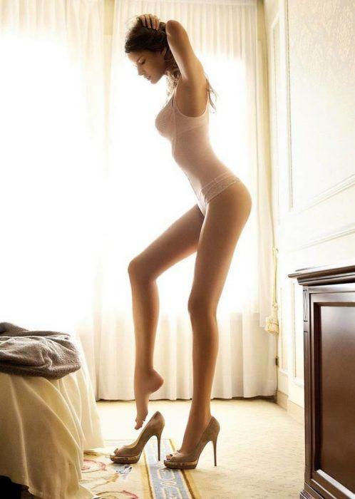 На фото Диета «Стройные ножки»