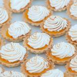 Рецепт Сладкие тарталетки (мини) с лимонным кремом и меренгой