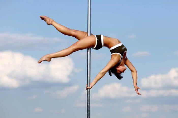 На фото Танцорам на пилоне: Едим правильно для поддержания формы
