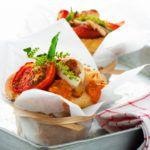 Рецепт Быстрая пицца в духовке с пепперони и шампиньонами (в мини формате)