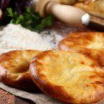 Рецепт Грузинские хачапури дома (с сыром сулугуни)