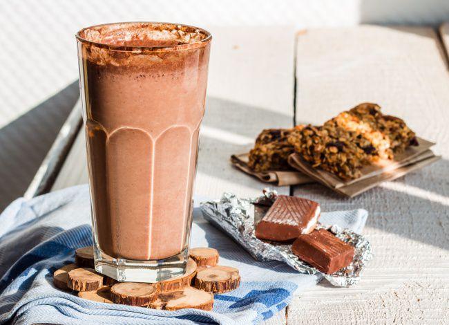 На фото Кофейный молочный коктейль