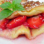 Рецепт Ванильный омлет с ягодами в мультиварке Редмонд