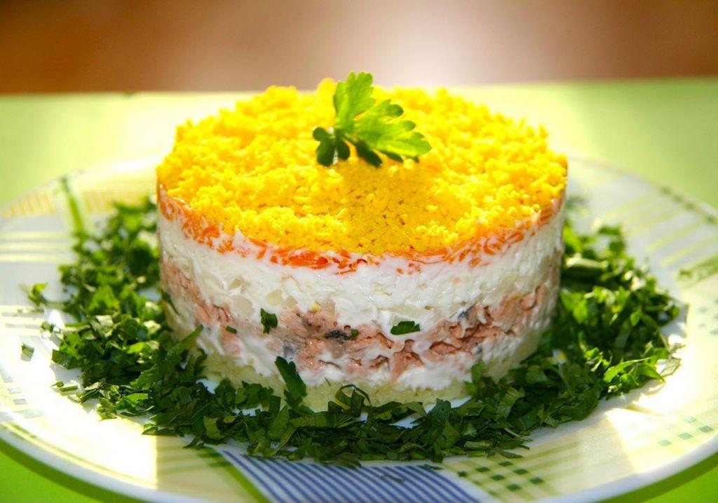 Салат мимоза рецепт с консервой ~ Домашние рецепты