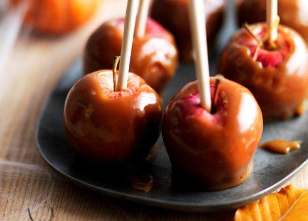 Яблоки в карамели на Хэллоуин ~ Домашние рецепты