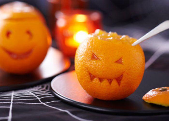 На фото Хэллоуинский салат «Морковка»