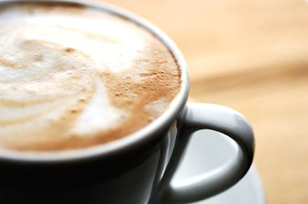 На фото Прекрасный кофе с сыром