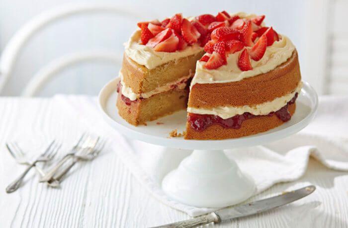 На фото Постный нежный торт (веганский)