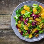Рецепт Постный салат с апельсинами и орехами
