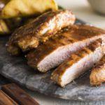 Рецепт Сочные отбивные из свинины с яблоками