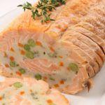 Рецепт Праздничный домашний рулет с красной рыбой