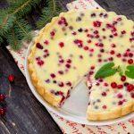 Рецепт Новогодний пирог с клюквой и сметаной