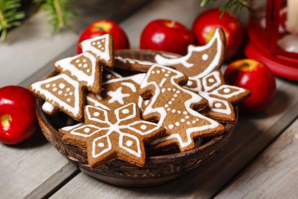 Новогодние пряники с глазурью ~ Домашние рецепты