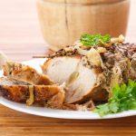 Рецепт Запеченная свинина с чесноком и пряностями