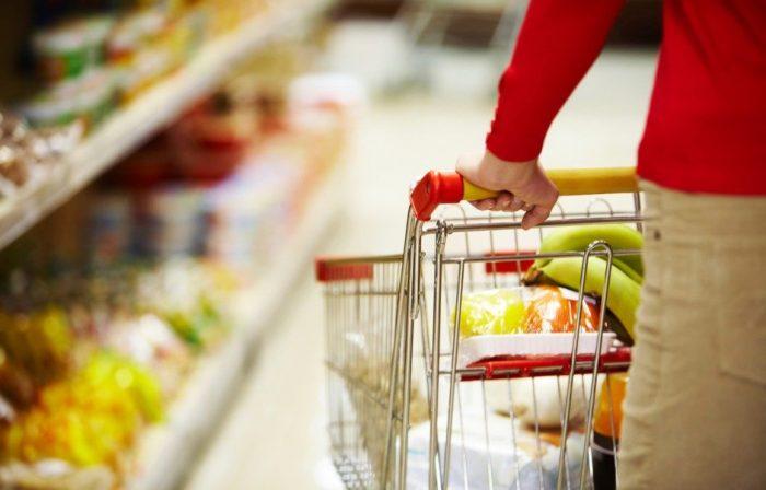 На фото Как научиться грамотно делать покупки и перестать выбрасывать еду
