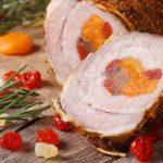 Рецепт Рулет из свинины с курагой и вишней