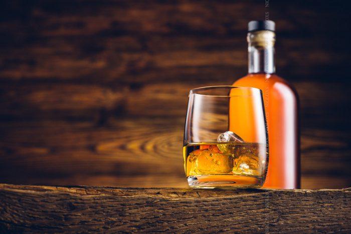 На фото Как и из чего делают виски? Технология производства и разновидности