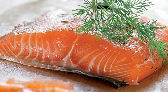 На фото Филе лосося на Новый Год (лосось слабосоленый)