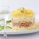Салат Мимоза классический, с сыром и маслом
